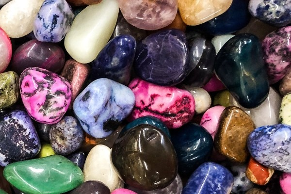 shiny-stones-after-tumbling