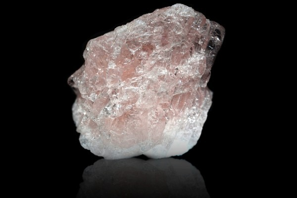 Morganite in raw form