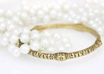 brass bracelet with imitation pearls