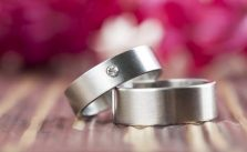 What is the Difference Between Tungsten and Titanium?